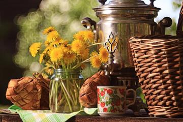 samovar summer flowers