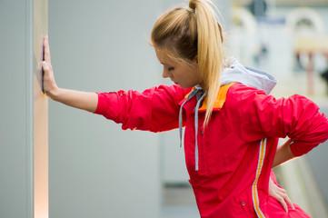 Sportllerin macht Pause vom Joggen