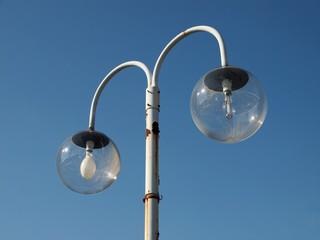 ガラスの街灯