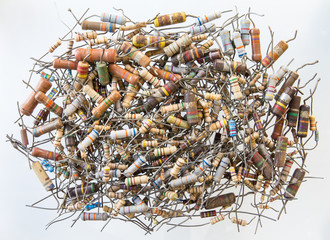 old resistors were used, taken from a repair technician.