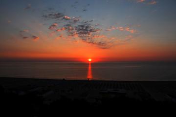 GIULIANOVA, Abruzzo - alba sul mare