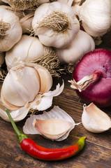 aglio secco con cipolla e peperoncino