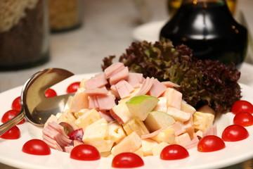 Potato salad with ham