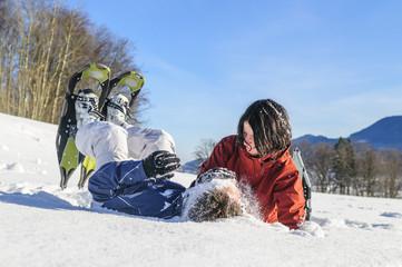 ausgelassene Freude im Schnee