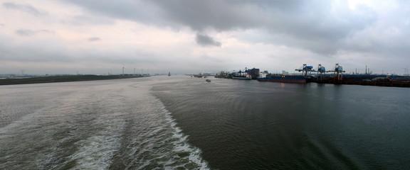 Hafen Rotterdam - Ausfahrt