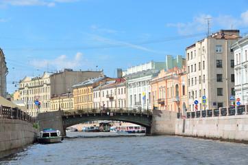 Набережная реки Мойки. Большой Конюшенный мост. Санкт-Петербург