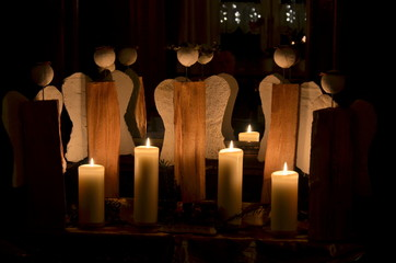 Weinachten, Dekoration mit Engel und Kerzen