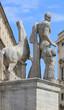Statue de Castor ou Pollux place du Quirinal à Rome - Italie