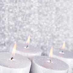 Silberne Kerzen