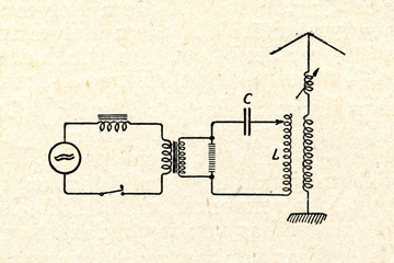 Damped wave radio transmitter