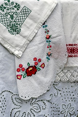 Romanian traditional embroidery 3