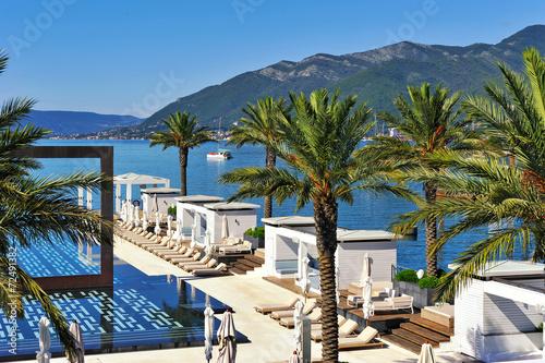 Swimming pool at luxury resort - 72491382