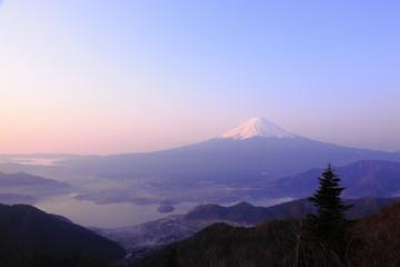 新道峠から富士山
