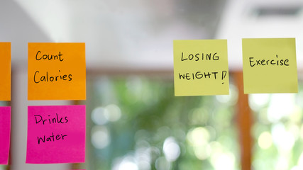losing weight, diet concept on post it