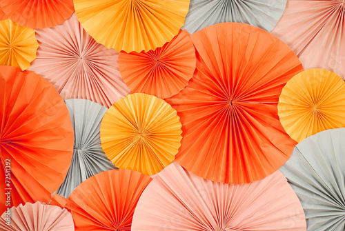 circle of fans paper pattern  background