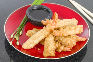 Ebi Tempura - Prawn tempura served with soy sauce.