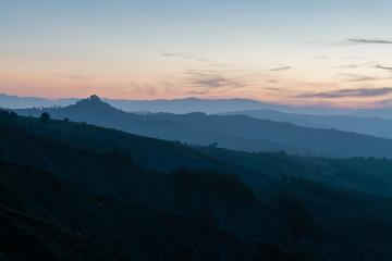 Tramonto sulle colline (Canossa)