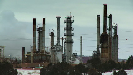Oil Refinery Pollution