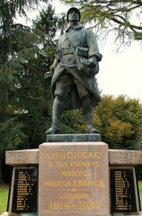 Monument aux morts de Lubersac (Corrèze)