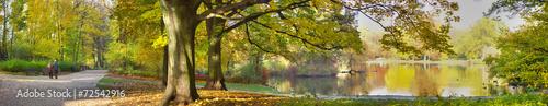 Leinwandbild Motiv autumnal pond in park