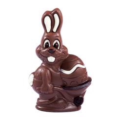 Schokoladen Osterhase auf weißem Hintergrund
