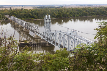 Wabash Bridge across Mississippi River at Hannibal, Missouri