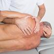 canvas print picture - Manipulation dorsal bei aelterem Patienten