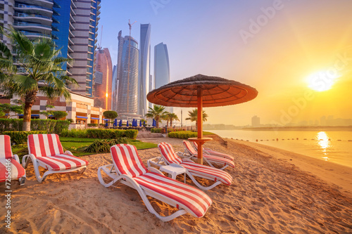 Poster Sunrise on the beach at Perian Gulf in Abu Dhabi