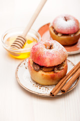 Baked stuffed apples with honey and cinnamon