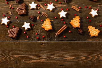 Biscotti di Natale su piano di legno, texture