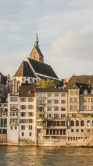 Basel, historische Altstadt, Martinskirche, Rheinufer, Schweiz