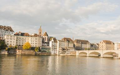 Basel, Altstadt, Rheinufer, Rheinbrücke, Martinskirche, Schweiz