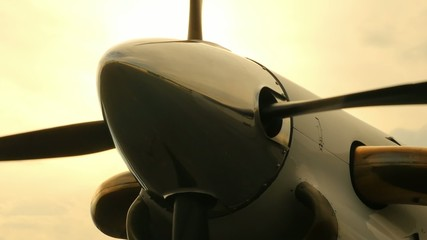 Airplane Propeller Spin Up Zoom Out