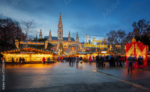 Keuken foto achterwand Wenen Rathaus and Christmas market in Vienna