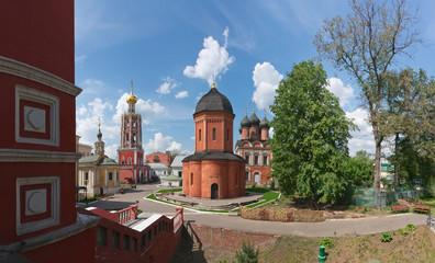 Rossiya.V Vysokopetrovsky Monastery in Moscow.