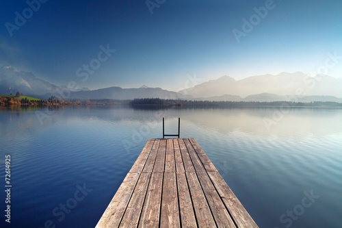 Herbst am Alpensee