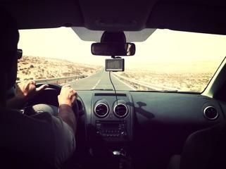 Route à travers le désert