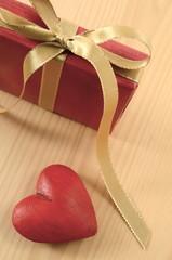 Geschenk Herz Rot