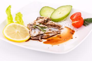 Fish, vegetables and lemon