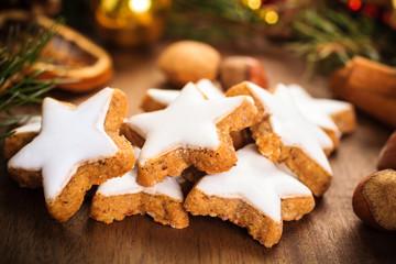 Zimtsterne - Cinnamon biscuits