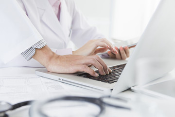 Doctors who are using the tablet and PC