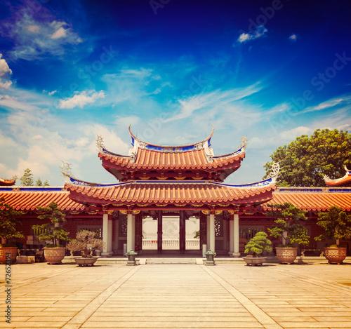 Aluminium Singapore Gates of Lian Shan Shuang Lin Monastery