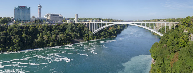 Niagarafälle - Rainbow Bridge