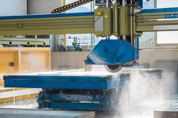 infrared guide pillar bridge cutting machine