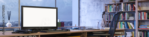 Panorama vom Büro mit leerem Monitor - 72708921