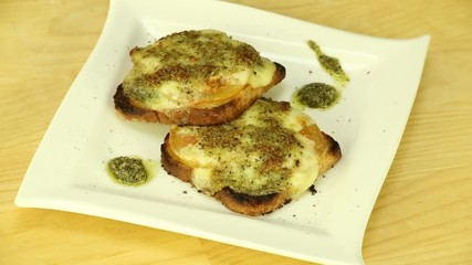 Fried toast with cheese and pesto