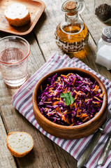salad with carrots and red cabbage