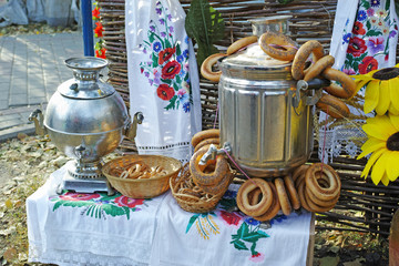Russian samovar and bagels