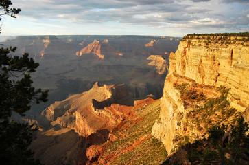 Grand Canyon au crépuscule