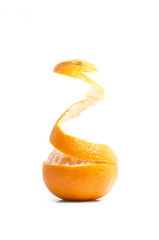 an orange that peels itself